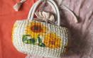 borsa paglia decorate fai da te, borse paglia decoupage