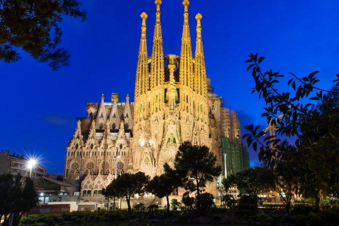 Barcellona capodanno inverno rambla musica colori