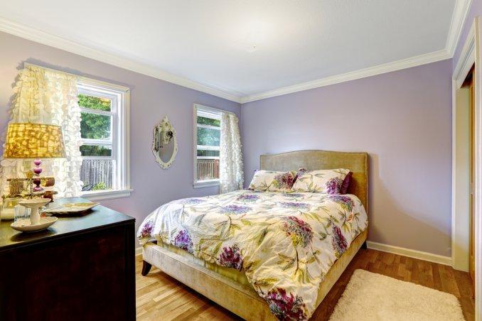 Illuminare la camera da letto donnad