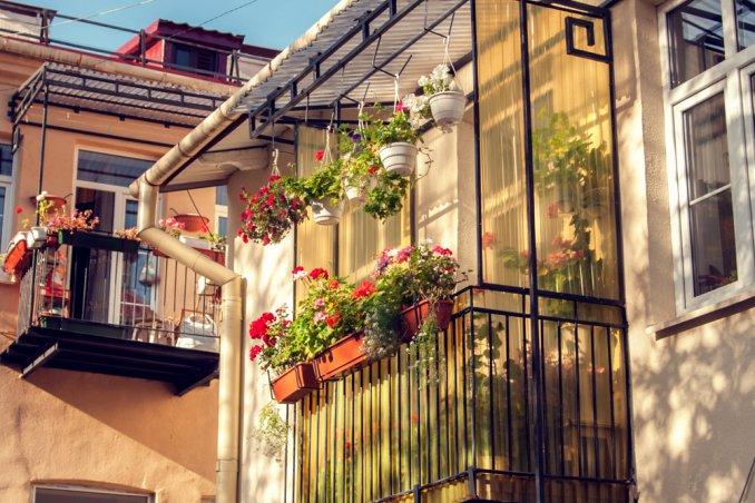 Balconi Esterni Condominio : Come pulire i balconi? donnad