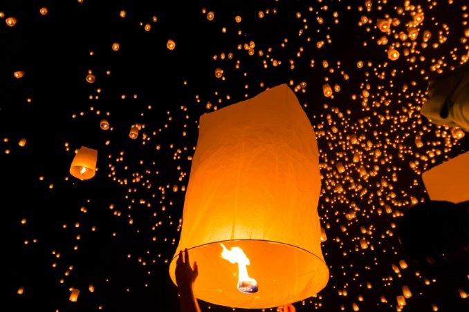 Lampade Cinesi Di Carta.Lanterne Di Carta Stile Etnico Donnad