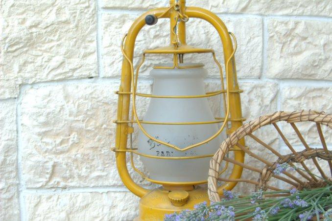 lampada lavanda decorazione