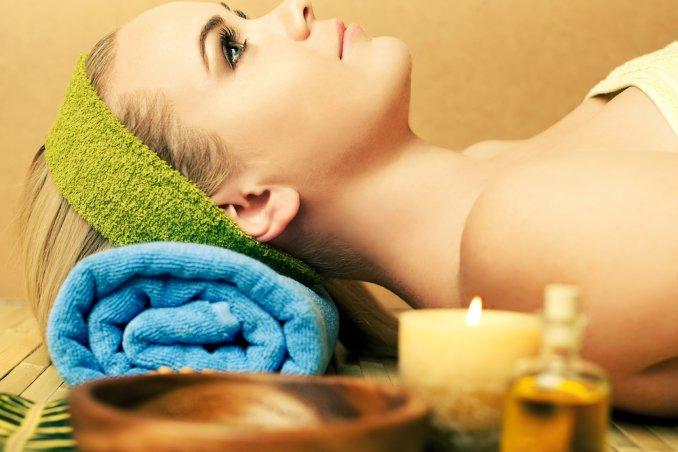 olio capelli unghie corpo pelle