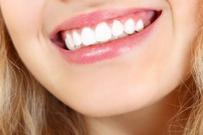 Che cosa significa sognare dei denti donnad