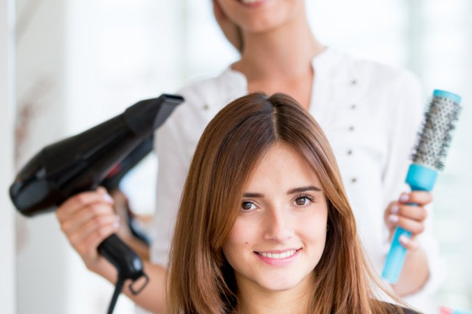 Taglio dei capelli nei sogni