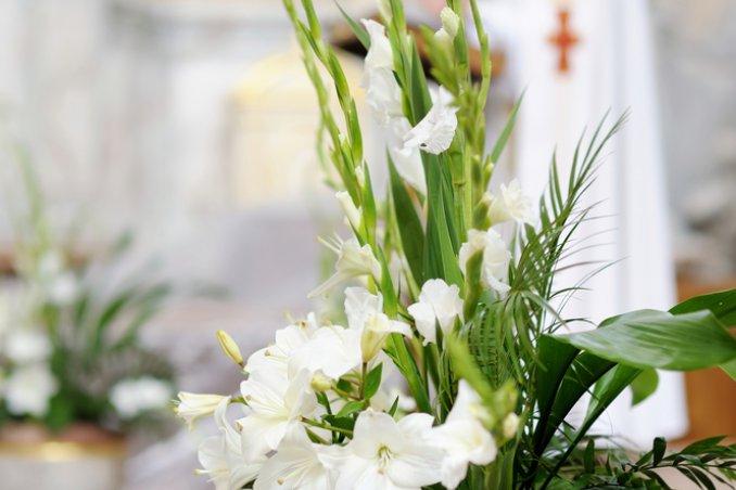 Fiori Addobbi.Quali Fiori Per La Chiesa Donnad
