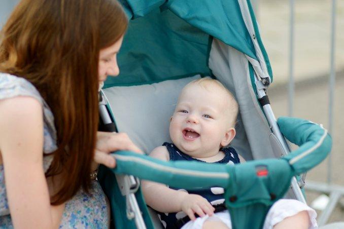 passeggino, figlio, socievole, bebè, segreto, stress, sorrdente, facile, mamma, mamme, donne, donna