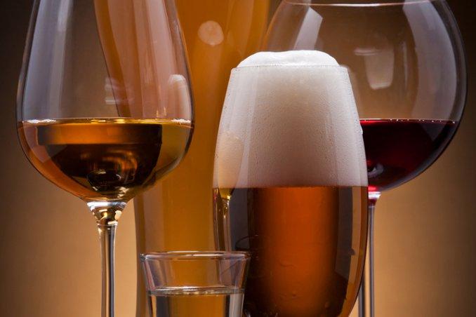 bevande calorie zuccheri birra vino