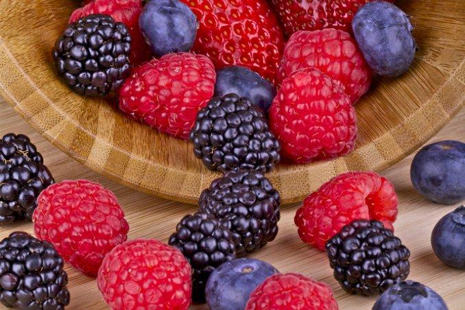 frutti bosco more lamponi mirtillo ribes fragoline