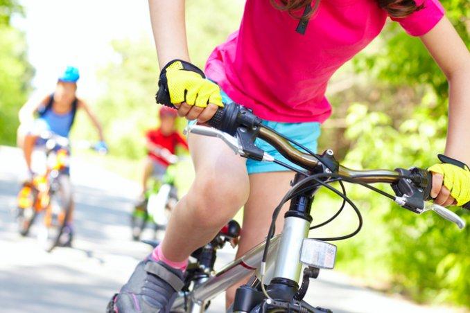 bicicletta figli sicurezza ciclismo