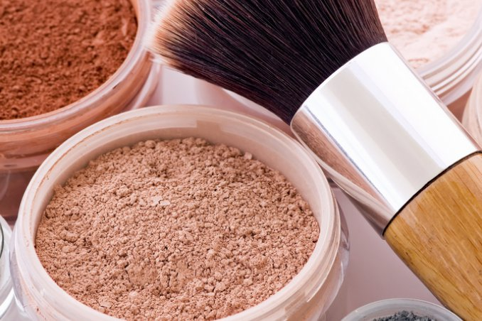 Make up polvere minerale naturale