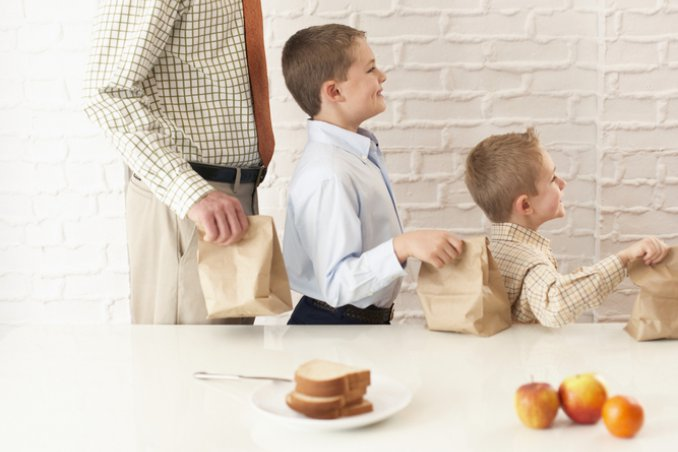 Positivi e negativi di uscire con un solo papà