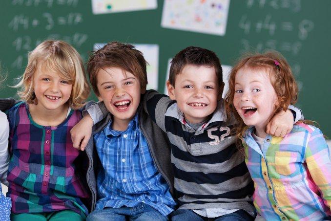 Dixan per la scuola beneficenza associazione amici dei bambini