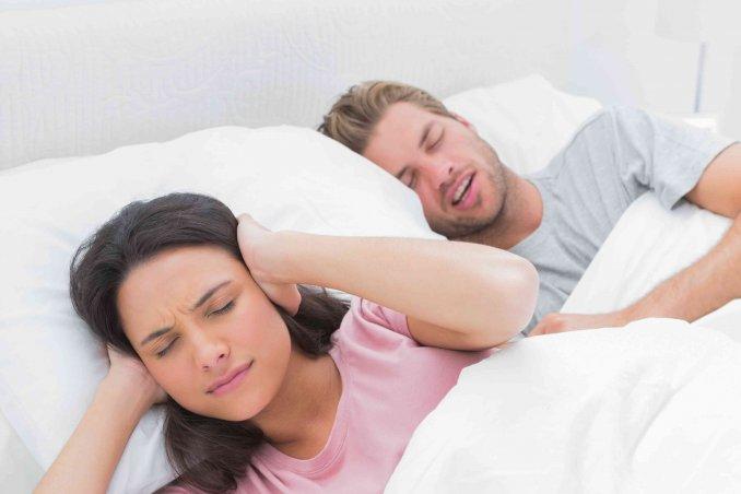 Rimedi per non russare la notte