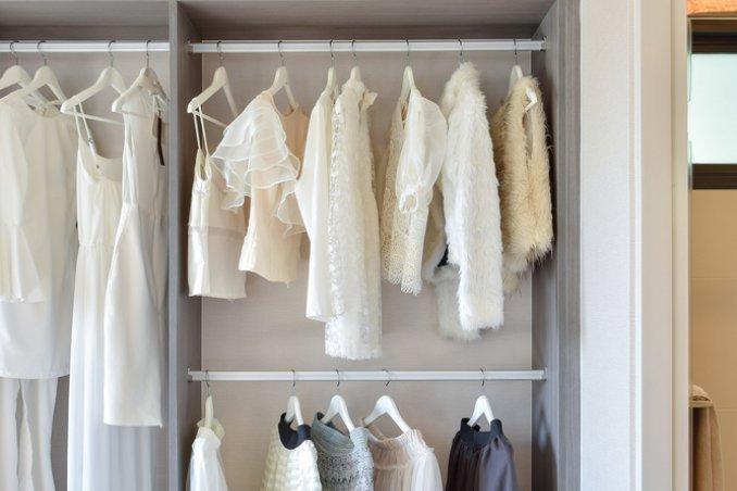 Come Sistemare L Interno Dell Armadio.Cambio Armadio Organizzare E Mettere In Ordine I Vestiti Donnad