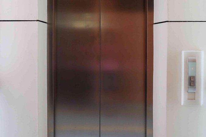 Sognare Soffitti Alti : Sognare un ascensore significato donnad