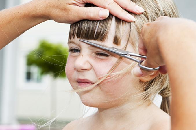 Giochi di tagliare i capelli ai maschi