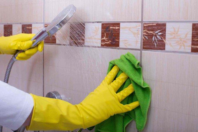 Wc Net Vasca Da Bagno : Come scrostare il wc e il piatto doccia prodotti e consigli donnad