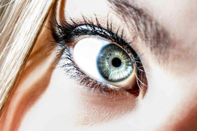 come cambiare colore degli occhi