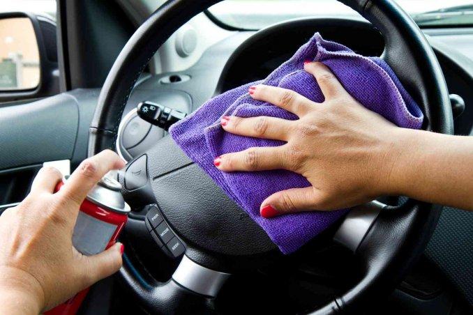 Coronavirus: consigli per lavare le autovetture