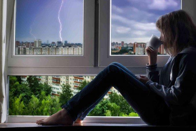 Come proteggere la casa la tv e l 39 impianto elettrico dai - Proteggere casa ...