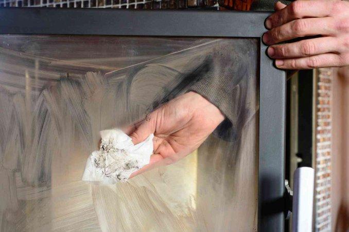 Come Pulire Il Vetro Consigli Pratici : Come pulire il vetro del camino donnad