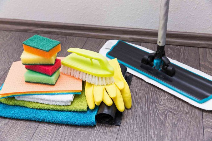 Pulizia Mobili Cucina Legno : Come pulire il laminato opaco plastico e in legno donnad