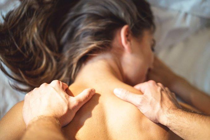 Sensuale massaggio e sesso