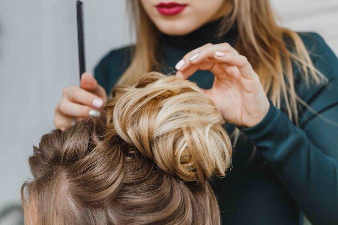 Nuove tecniche per tagliare i capelli