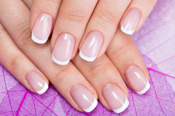 French Manicure Come Farla In Casa Facilmente Donnad