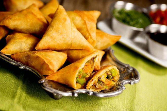samosa, cucina indiana, snack etnici