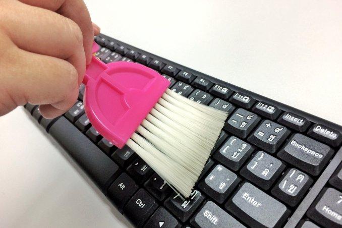 tastiera del pc sporca, come pulire tastiera pc, come pulire tastiera computer