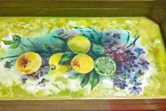 riciclare le cassette della frutta con il decoupage per fare dei