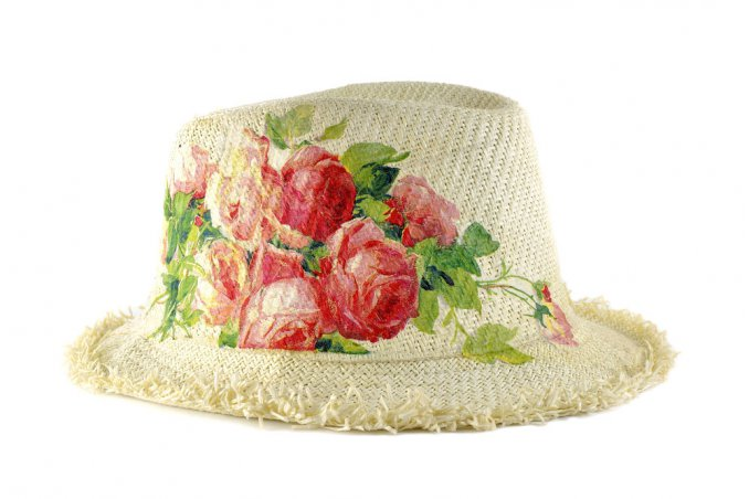 decorare cappello paglia, cappello paglia decoupage