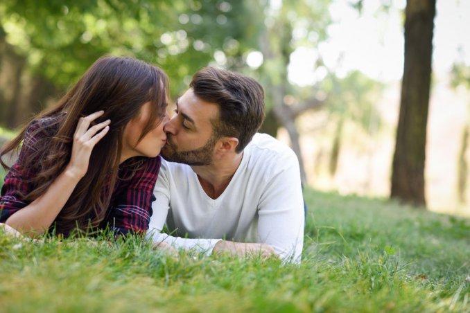 giornata mondiale bacio 2017 frasi, giornata mondiale bacio 2017