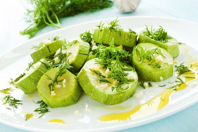 Zucchine al vapore la ricetta facile e come condirle donnad - Cucina a vapore ricette ...