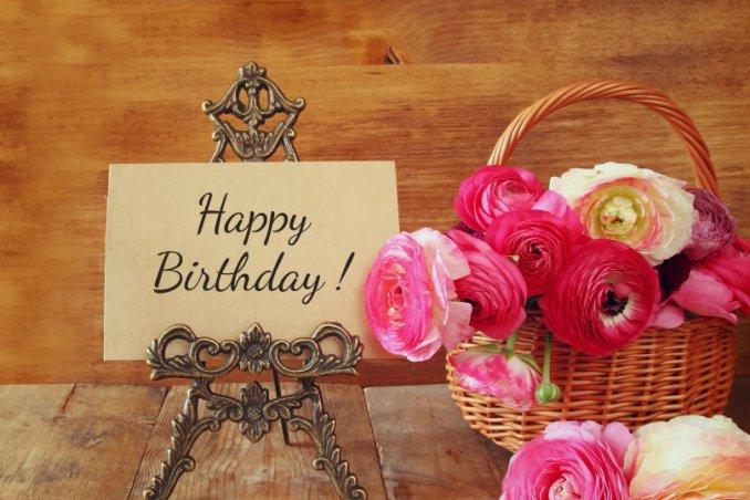 Auguri Matrimonio Amici Intimi : Messaggi di auguri per il compleanno: le frasi più belle donnad