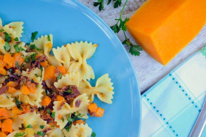 pasta zucca ricetta, pasta zucca panna pancetta