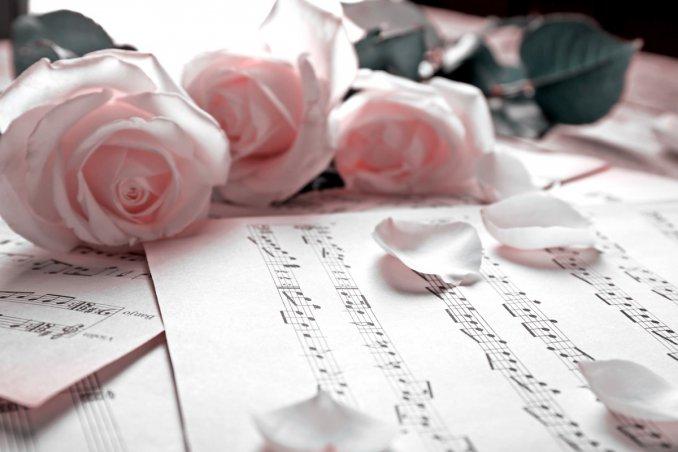 musica, cena romantica, playlist giusta