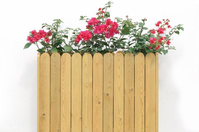 Fioriera in legno con materiali di recupero come farla for Costruire fioriera legno
