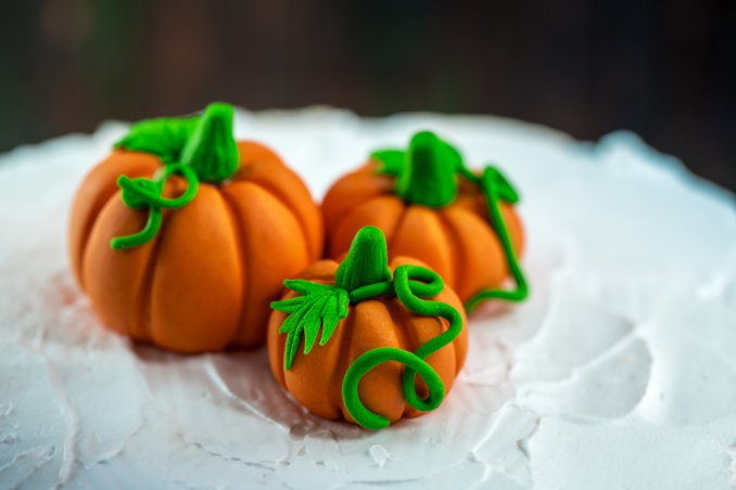 zucca halloween pasta di zucchero, cupcake halloween, torte halloween