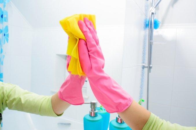 come pulire specchi senza lasciare aloni, come pulire specchi, pulire specchi senza aloni