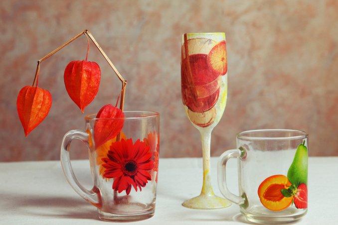 La tecnica facilissima e le idee creative da non perdere donnad - Decorare bicchieri di vetro ...