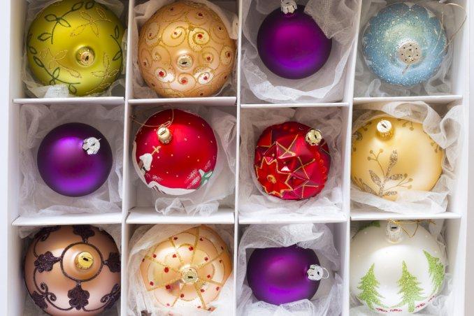 conservare decorazioni natalizie, pulizie dopo feste