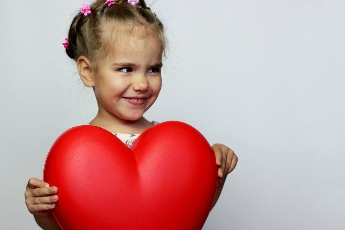 san valentino, bambina