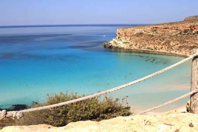 Matrimonio Spiaggia Lampedusa : Le più belle spiagge italiane del donnad