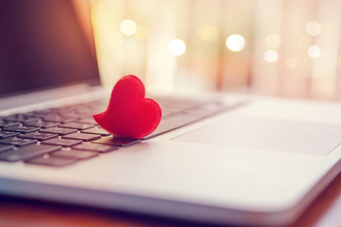 trovare l'amore su internet, amore online
