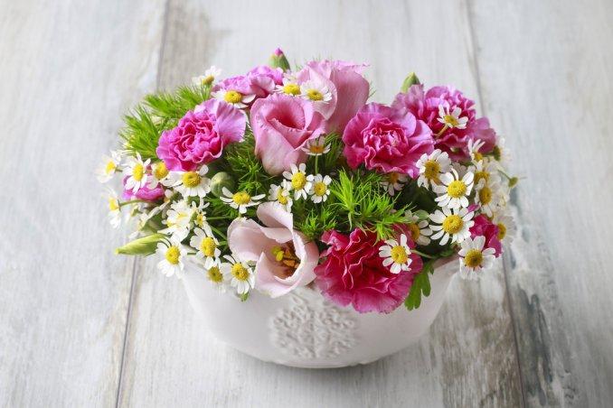 Centrotavola che durano a lungo donnad - Centrotavola natalizi con fiori finti ...