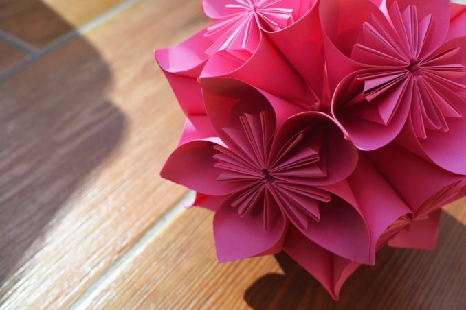 Fiori Kusudama.Kusudama Cos E Come Si Usa Per Decorare Donnad