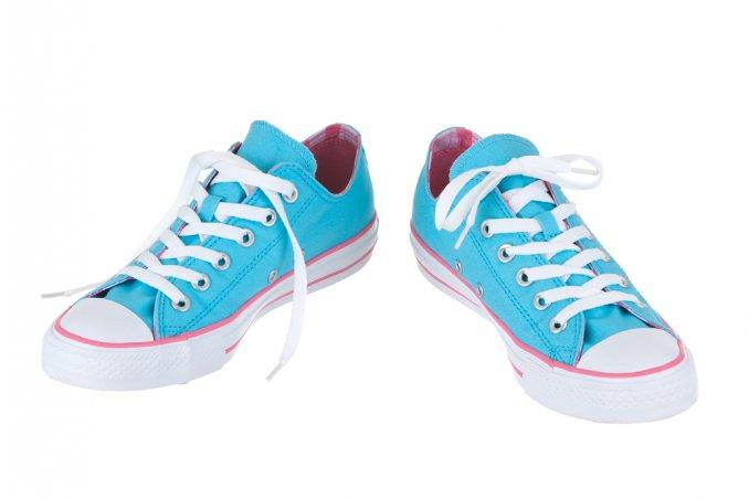 come pulire gomma bianca scarpe, come pulire scarpe bianche, come pulire gomma nera scarpe